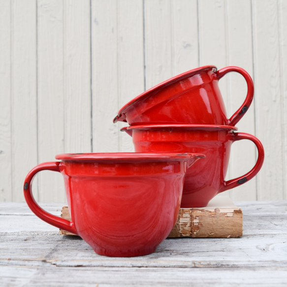 Enamelware Batter Bowl in Red
