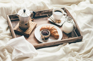 5 Insanely Romantic Breakfast in Bed Recipes