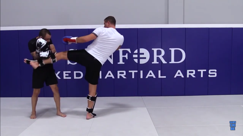 Body Kick Set Ups by Henri Hooft