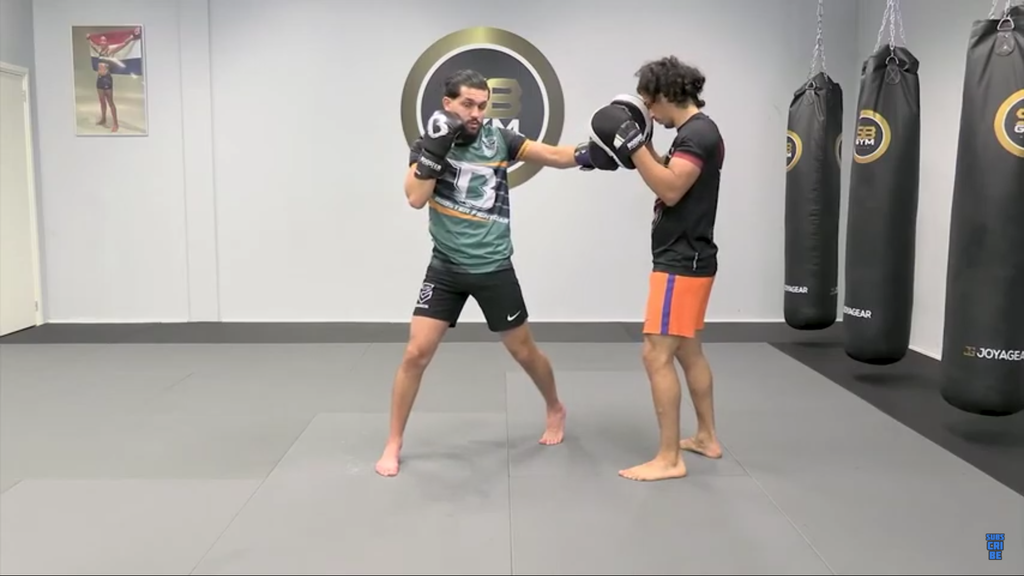 Classic Kickboxing Combination With Ilias Ennachachi
