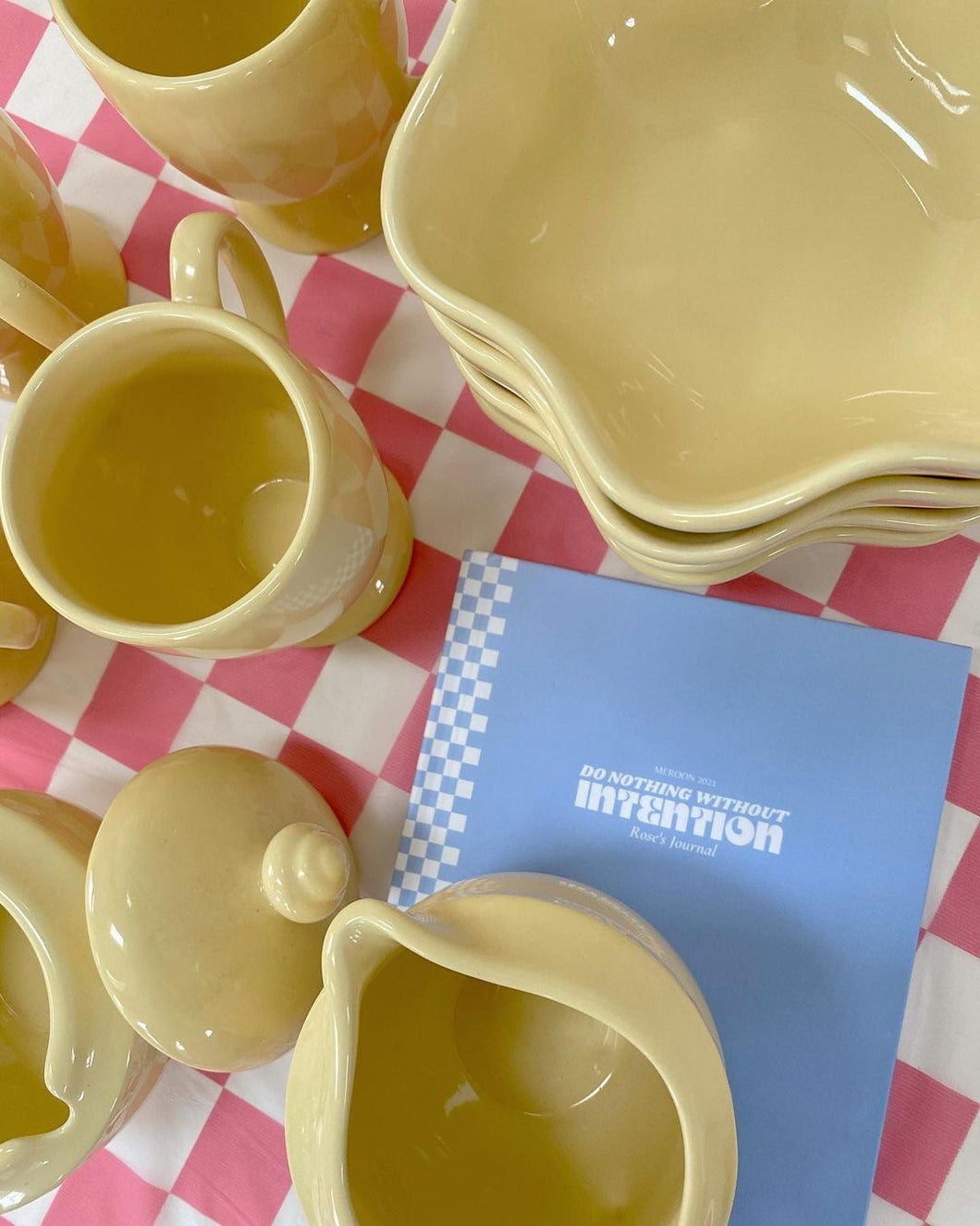 Pastel Yellow Spring Dish Set