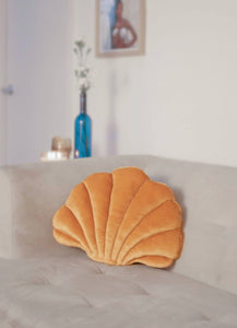 Shelly Velvet Seashell Pillow