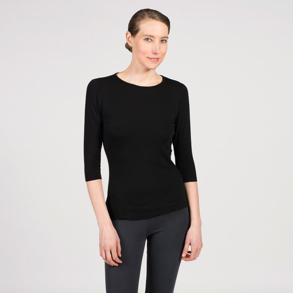 sense clothing black 3/4 crew tee great for travel