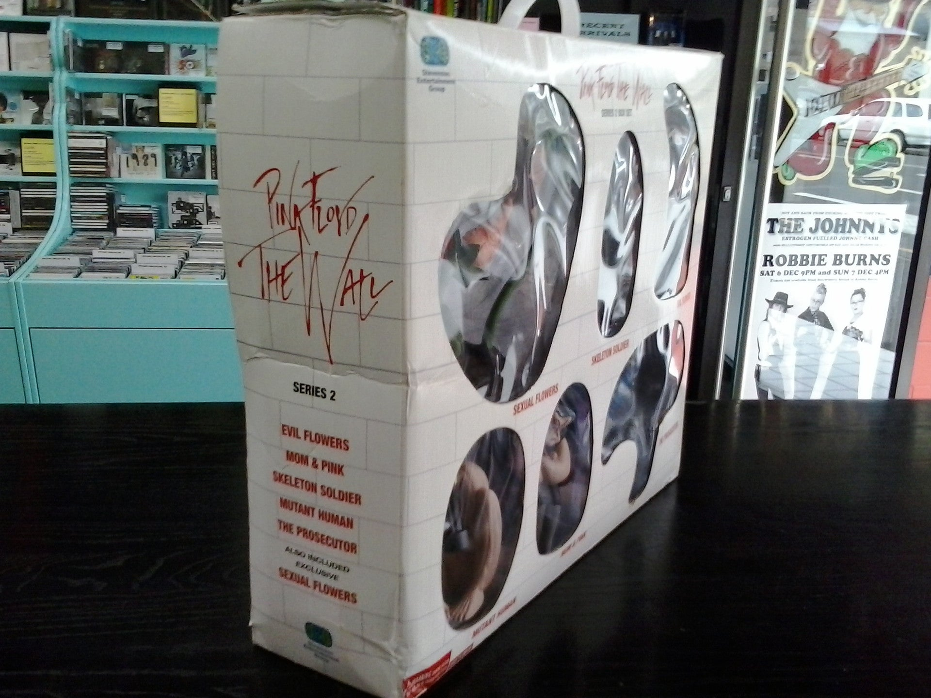 Pink Floyd The Wall Series 2 Figurine Boxset Relics Music