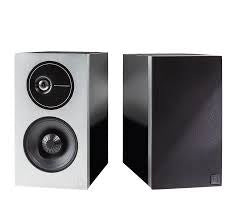 DEFINITIVE TECHNOLOGY-DEMAND 9 BOOKSHELF SPEAKERS *NEW*
