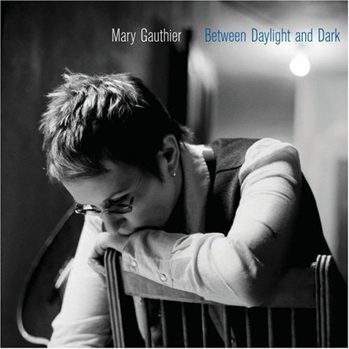 GAUTHIER MARY-BETWEEN DAYLIGHT AND DARK CD VG
