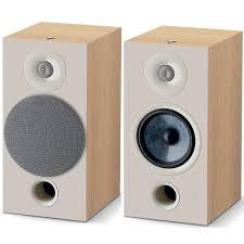 FOCAL-CHORA 806 SPEAKERS LIGHT WOOD *NEW*