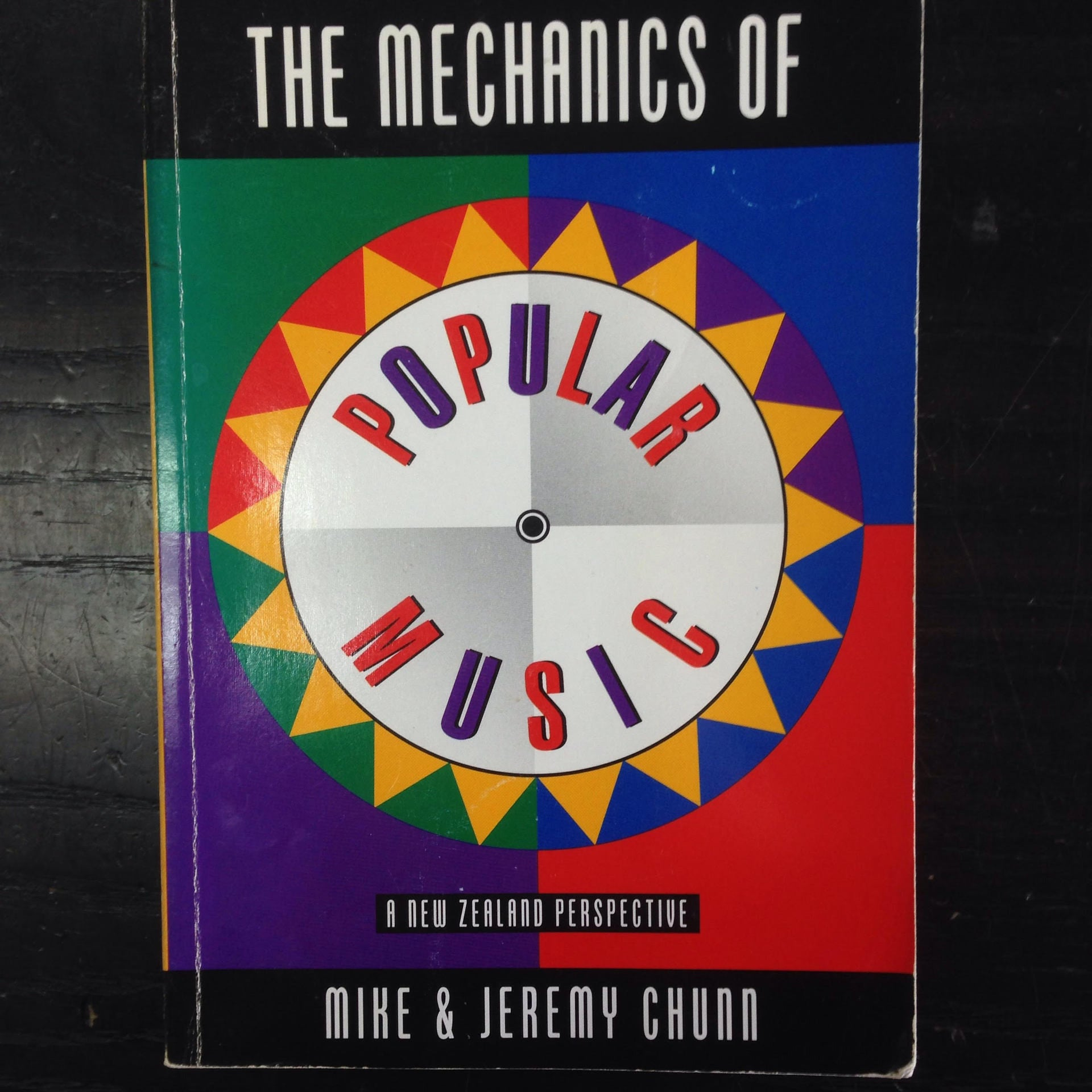 THE MECHANICS OF POPULAR MUSIC-MIKE & JEREMY CHUNN BOOK VG