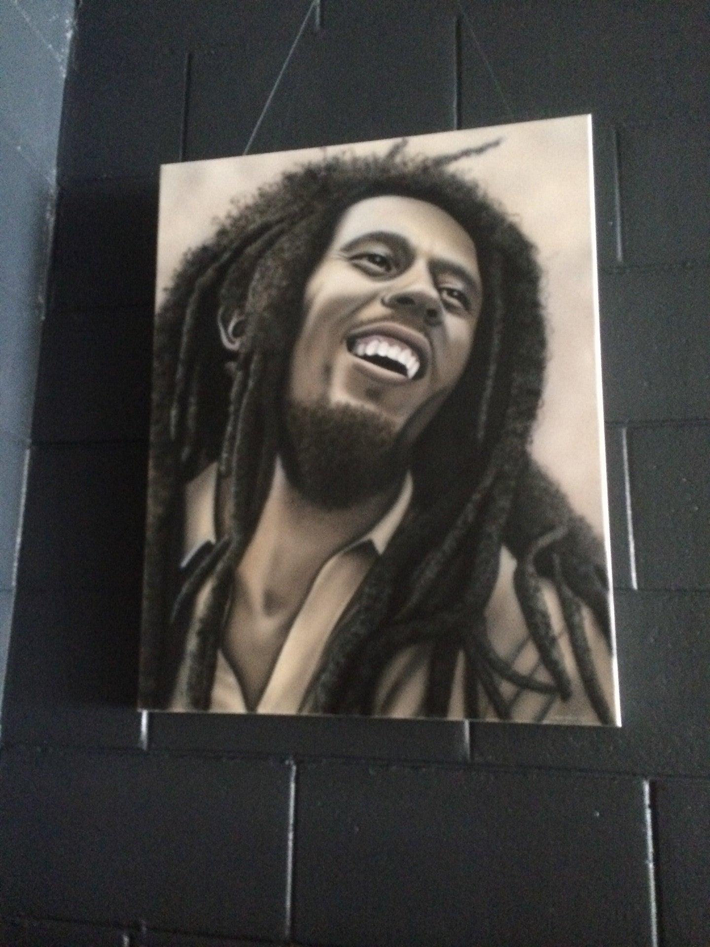 MARLEY BOB-AIRBRUSHED PORTRAIT