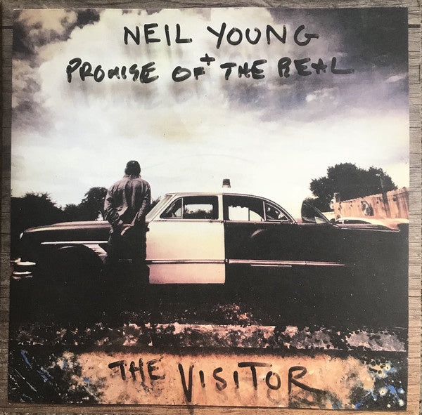 YOUNG NEIL + PROMISE OF THE REAL-THE VISITOR CD VG