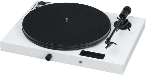 PROJECT-JUKE BOX E TURNTABLE WITH BUILT IN AMP AND BLUETOOTH WHITE *NEW*