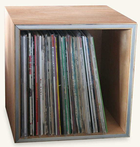 RECORD BOX-WOODEN CUBED *NEW*