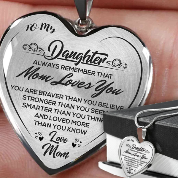 2021 To My Daughter Heart Necklace