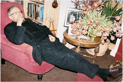 JUERGEN TELLER David Hockney smoking, Bridlington, 2008