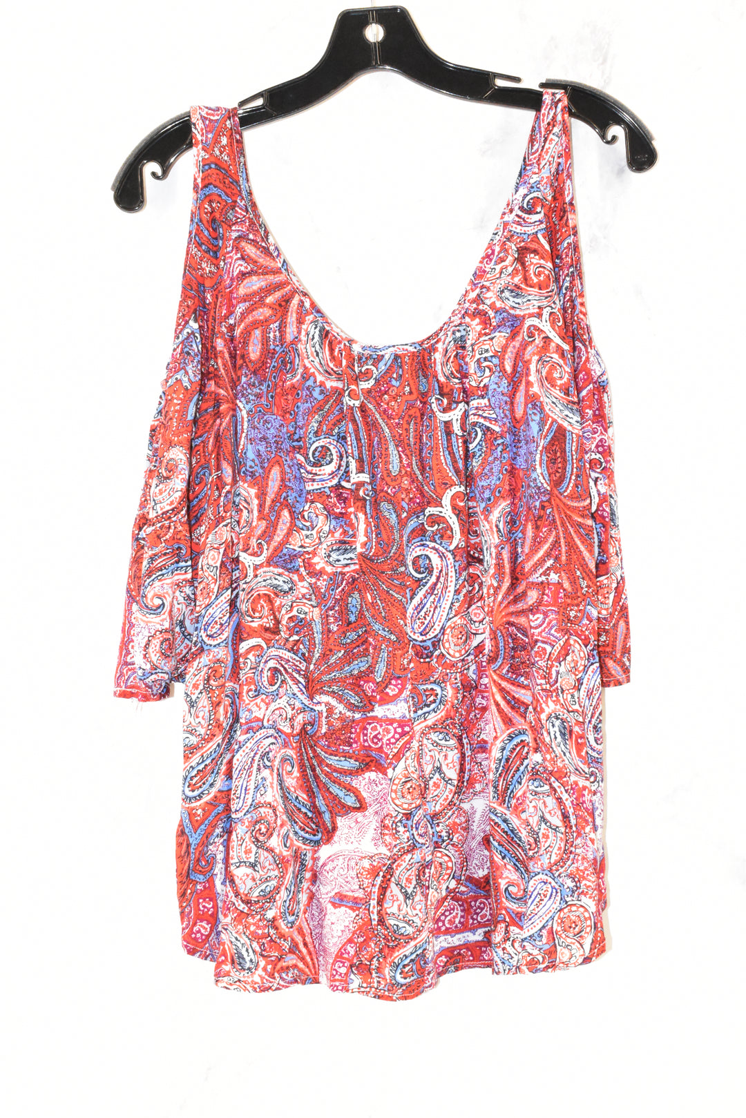 Photo #1 - BRAND: HIP <BR>STYLE: TOP SHORT SLEEVE <BR>COLOR: MULTI <BR>SIZE: L <BR>SKU: 186-186106-7600