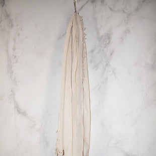 Primary Photo - BRAND:    CLOTHES MENTOR STYLE: SCARF COLOR: BEIGE SKU: 186-186217-4588