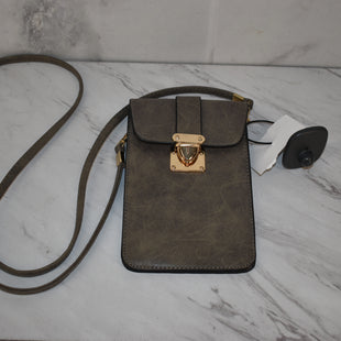 Primary Photo - BRAND:    CLOTHES MENTOR STYLE: HANDBAG COLOR: GREY SIZE: SMALL SKU: 186-186227-309