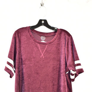 Primary Photo - BRAND: MAURICES STYLE: TOP SHORT SLEEVE COLOR: MAROON SIZE: 1X SKU: 186-186106-9096