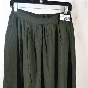 Primary Photo - BRAND: FOREVER 21 STYLE: SKIRT COLOR: GREEN SIZE: M SKU: 186-186167-30621