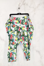 Primary Photo - BRAND: TERRA & SKY <BR>STYLE: ATHLETIC CAPRIS <BR>COLOR: FLORAL <BR>SIZE: 4X <BR>SKU: 186-186106-7392
