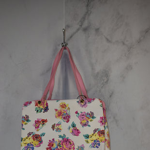 Primary Photo - BRAND: BETSEY JOHNSON STYLE: HANDBAG COLOR: FLORAL SIZE: LARGE SKU: 186-186217-7116