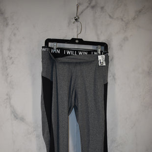 Primary Photo - BRAND:    CLOTHES MENTOR STYLE: ATHLETIC PANTS COLOR: GREY SIZE: L SKU: 186-186199-360