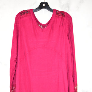 Primary Photo - BRAND: TORRID STYLE: TOP LONG SLEEVE COLOR: RED SIZE: 1X SKU: 186-186106-9087