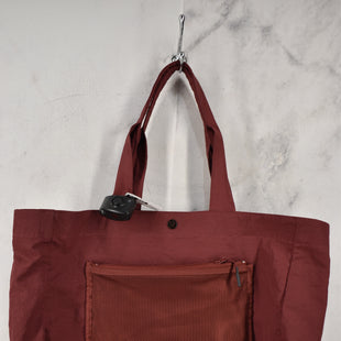 Primary Photo - BRAND: LULULEMON STYLE: HANDBAG COLOR: MAROON SIZE: LARGE SKU: 186-186230-49