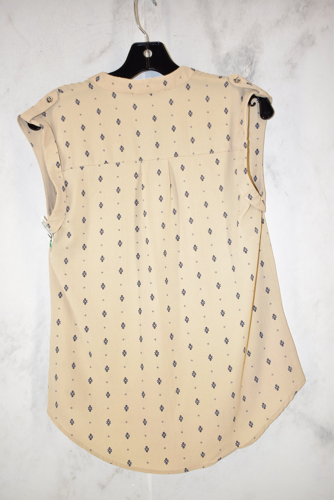 Photo #1 - BRAND: SWEET WANDERER <BR>STYLE: TOP SLEEVELESS <BR>COLOR: BEIGE <BR>SIZE: S <BR>SKU: 186-186167-25298