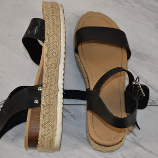 Primary Photo - BRAND:    CLOTHES MENTOR STYLE: SANDALS LOW COLOR: BLACK SIZE: 8 SKU: 186-186167-30864