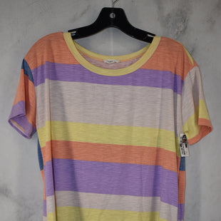 Primary Photo - BRAND:    CLOTHES MENTOR STYLE: TOP SHORT SLEEVE COLOR: MULTI SIZE: M OTHER INFO: VIAMOR - SKU: 186-186106-12109