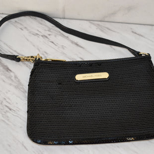 Primary Photo - BRAND: MICHAEL KORS STYLE: WRISTLET COLOR: BLACK SKU: 186-186106-12083