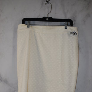 Primary Photo - BRAND: ANN TAYLOR STYLE: SKIRT COLOR: WHITE SIZE: 12 SKU: 186-186217-7684