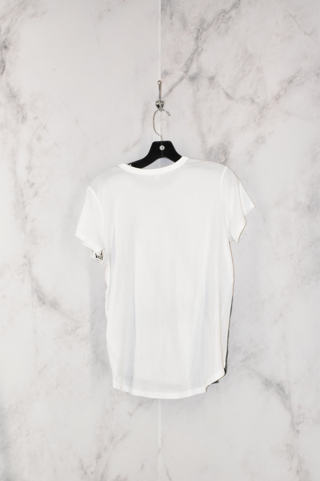 Photo #1 - BRAND: GAP <BR>STYLE: TOP SHORT SLEEVE <BR>COLOR: WHITE <BR>SIZE: M <BR>SKU: 186-186213-3467