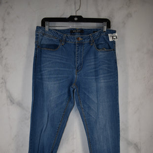 Primary Photo - BRAND: MAX JEANS STYLE: JEANS COLOR: DENIM SIZE: 12 SKU: 186-186217-7127