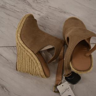 Primary Photo - BRAND: UNIVERSAL THREAD STYLE: SANDALS HIGH COLOR: TAN SIZE: 6 SKU: 186-186167-30626