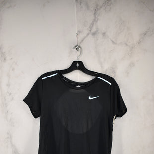 Primary Photo - BRAND: NIKE APPAREL STYLE: ATHLETIC TOP SHORT SLEEVE COLOR: BLACK SIZE: M SKU: 186-186217-7579