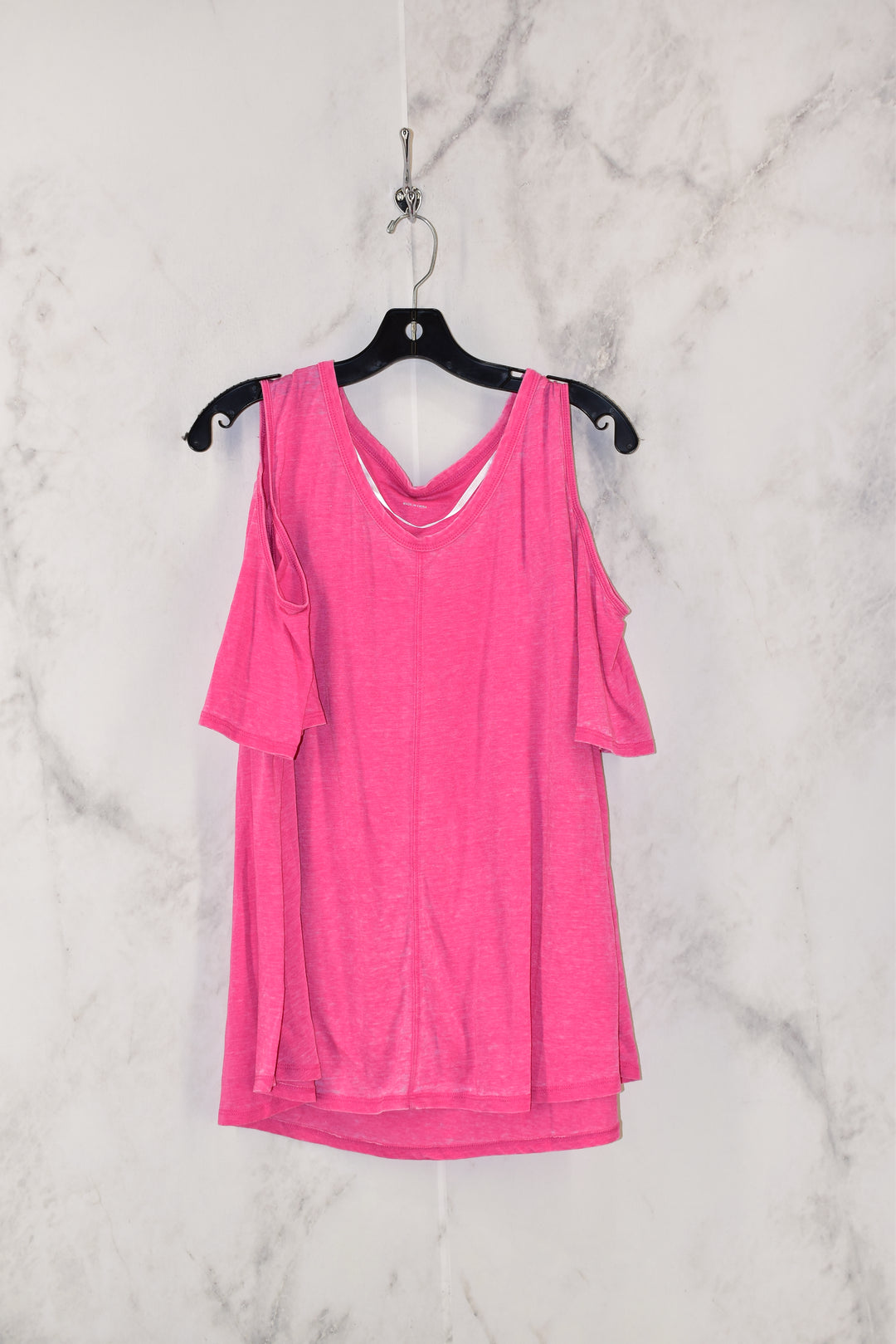 Primary Photo - BRAND: CALVIN KLEIN PERFORMANCE <BR>STYLE: TOP SHORT SLEEVE <BR>COLOR: PINK <BR>SIZE: 2X <BR>SKU: 186-186167-22165