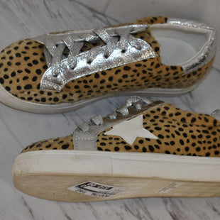Primary Photo - BRAND: NATURE BREEZE STYLE: SHOES ATHLETIC COLOR: ANIMAL PRINT SIZE: 6.5 SKU: 186-186106-12326