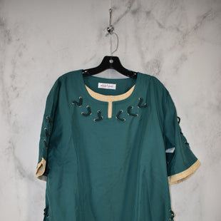 Primary Photo - BRAND:    CLOTHES MENTOR STYLE: TOP SHORT SLEEVE COLOR: GREEN SIZE: L SKU: 186-186167-30105