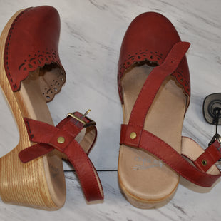 Primary Photo - BRAND: DANSKO STYLE: SANDALS HIGH COLOR: RED SIZE: 9 SKU: 186-186167-30899