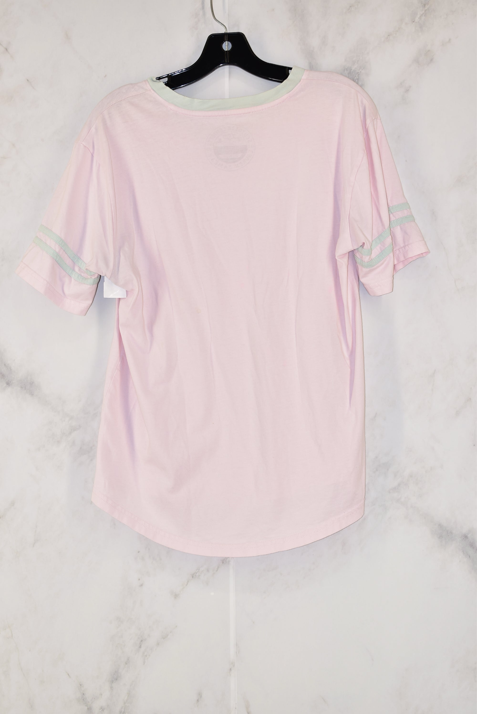 Photo #1 - BRAND:    CLOTHES MENTOR<BR>STYLE: TOP SHORT SLEEVE<BR>COLOR: PINK<BR>SIZE: M<BR>OTHER INFO: LAUREN JAMES -<BR>SKU: 186-186167-18208
