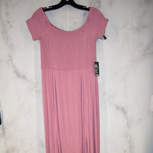Primary Photo - BRAND: EXPRESS STYLE: DRESS LONG SHORT SLEEVE COLOR: DUSTY PINK SIZE: L OTHER INFO: NEW! SKU: 186-186167-27016
