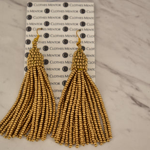 Primary Photo - BRAND:    CLOTHES MENTOR STYLE: EARRINGS COLOR: GOLD SKU: 186-186167-29230