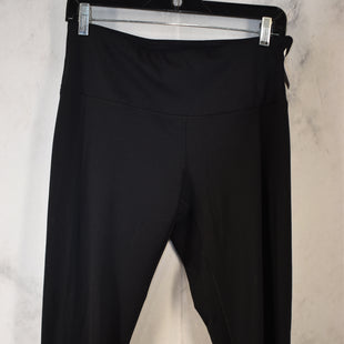Primary Photo - BRAND: YOGALICIOUS STYLE: ATHLETIC CAPRIS COLOR: BLACK SIZE: L SKU: 186-186106-12106