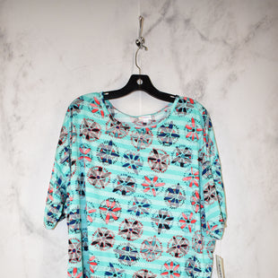 Primary Photo - BRAND: LULAROE STYLE: TOP SHORT SLEEVE COLOR: TURQUOISE SIZE: L OTHER INFO: IRMA NWT SKU: 186-186167-27194
