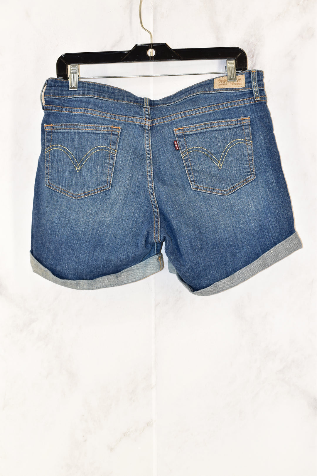 Photo #1 - BRAND: LEVIS <BR>STYLE: SHORTS <BR>COLOR: DENIM <BR>SIZE: 10 <BR>SKU: 186-186167-22271