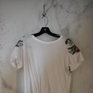 Primary Photo - BRAND:    CLOTHES MENTOR STYLE: TOP SHORT SLEEVE COLOR: WHITE SIZE: S SKU: 186-186167-30095