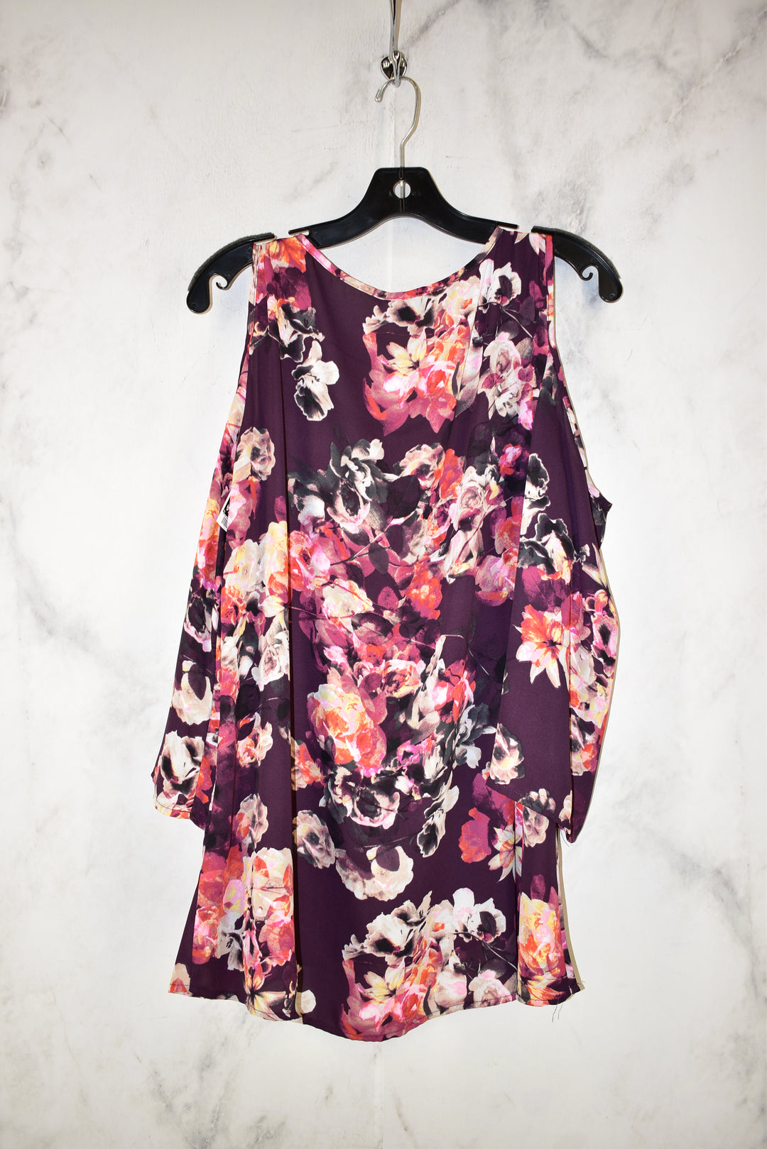 Photo #1 - BRAND: MELISSA PAIGE <BR>STYLE: TOP LONG SLEEVE <BR>COLOR: FLORAL <BR>SIZE: XL <BR>SKU: 186-186167-21318