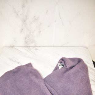 Primary Photo - BRAND:    CLOTHES MENTOR STYLE: SCARF WINTER COLOR: LAVENDER OTHER INFO: DILLARDS - NEW! SKU: 186-186167-26183